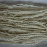 Handspunnet garn i fårull